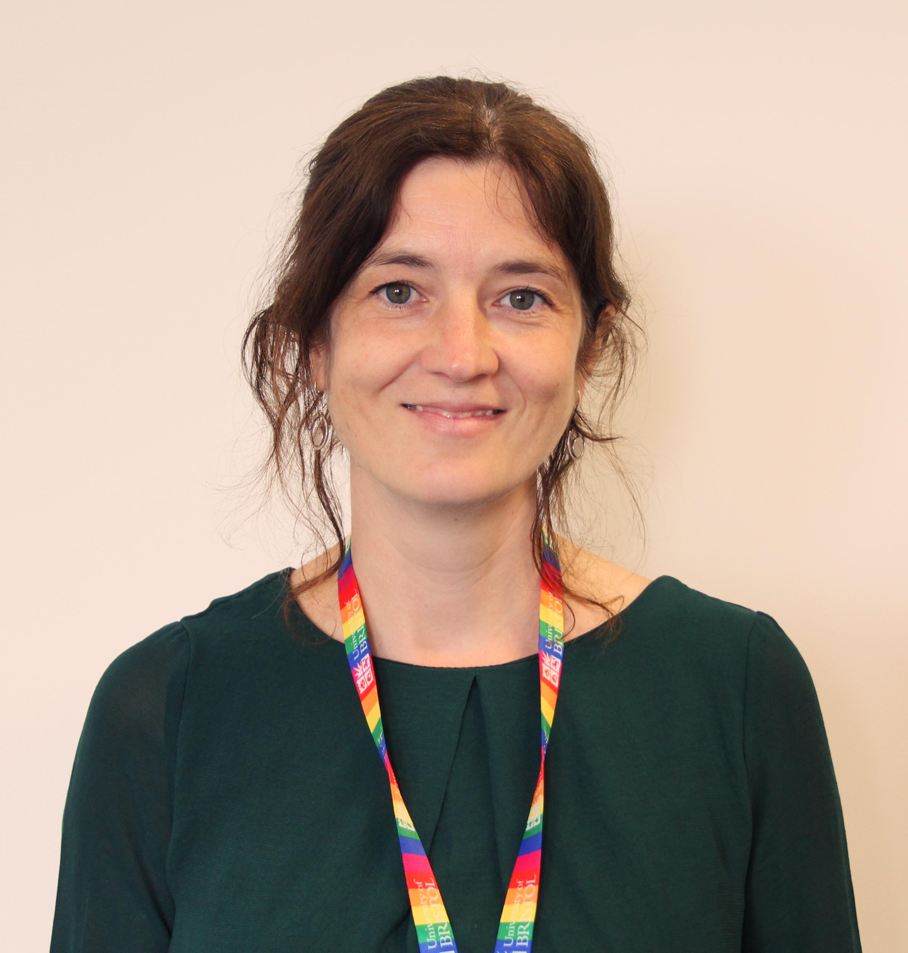 Photo of Laura, Just Ask advisor